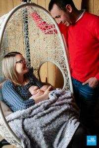 Bébé au sein et ses parents