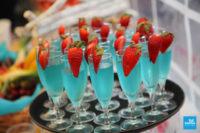 Photo des cocktails sur le buffet du mariage