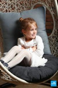 Portrait d'une enfant lors d'une séance photo à Saintes
