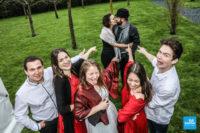 Photo des amis sur un mariage