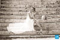 Photo de la mariée dans l'escalier