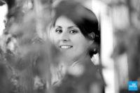 Portrait de la mariée en noir et blanc