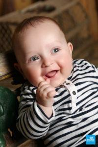Portrait de bébé en shooting photo studio