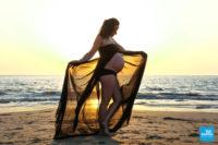 Photo de femme enceinte sur la plage de Meschers