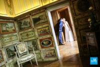 Photo de mariage à La Rochefoucauld à l'intérieur du château