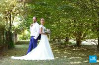 Photo de couple dans un parc