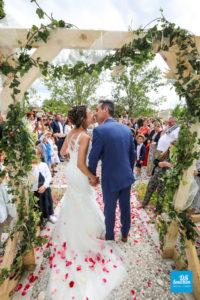 Reportage de mariage sur une cérémonie laïque extérieure