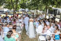 Reportage d'une cérémonie extérieur de mariage