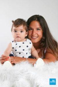 Photo d'un bébé et sa maman